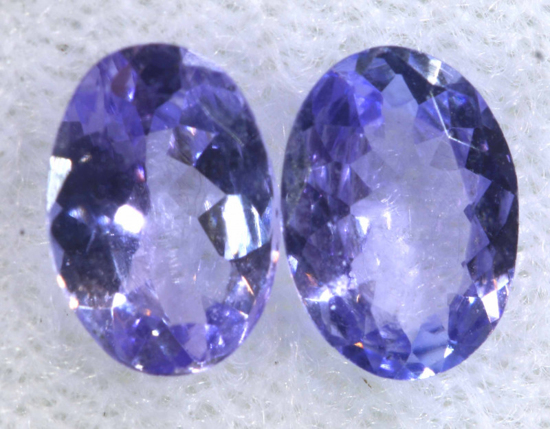 1.23CTS  TANZANITE  FACETED  STONE MATCHED PAIR  PG-3467