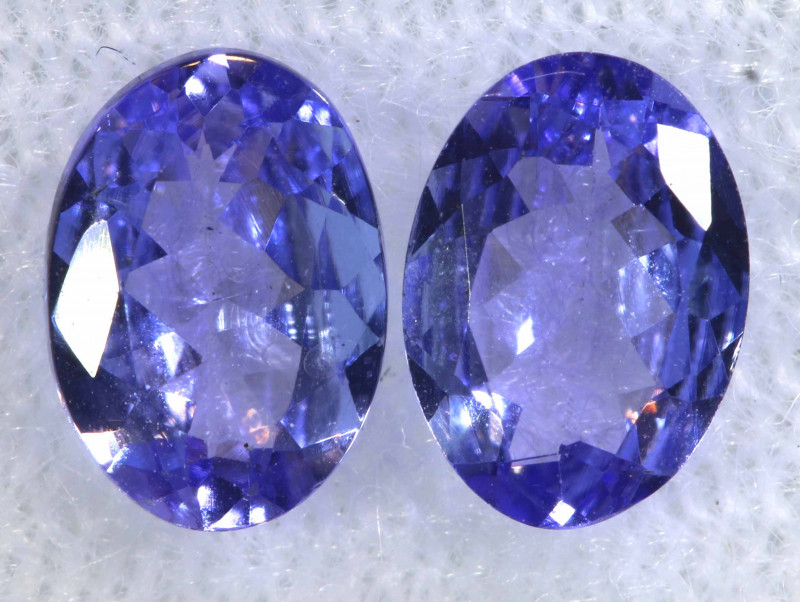 1.38CTS  TANZANITE  FACETED  STONE MATCHED PAIR  PG-3475