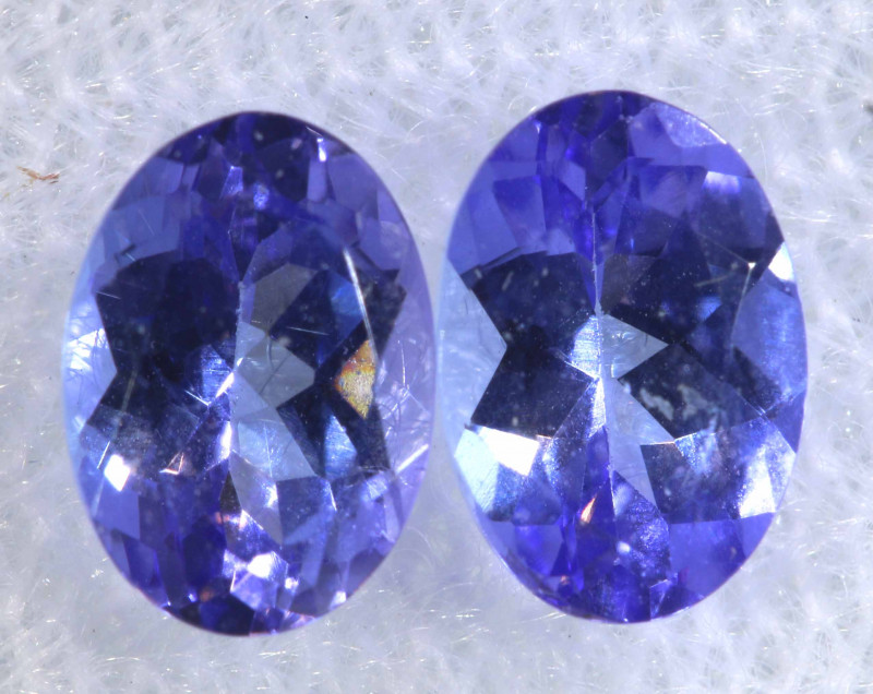 1.26CTS  TANZANITE  FACETED  STONE MATCHED PAIR  PG-3485