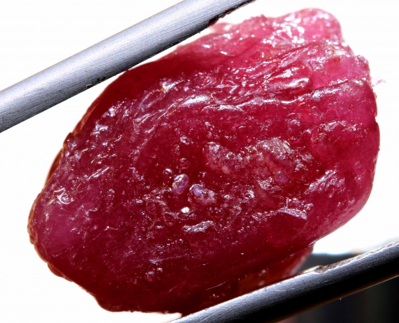 29.50 CTS   MOZAMBIQUE  RUBY ROUGH   RG-5307