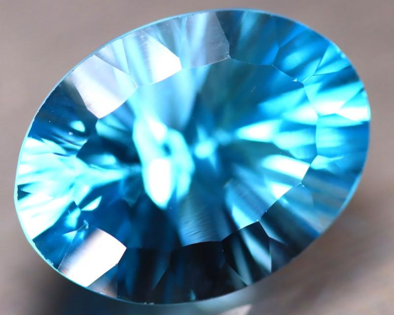 Sky Topaz 19.45Ct Natural VVS Sky Blue Topaz DR203/A48