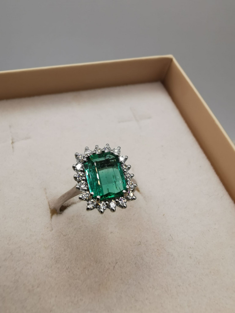 1,51ct Colombian Emerald 18k Solid Gold Ring  38/76 Colombian Emerald natu