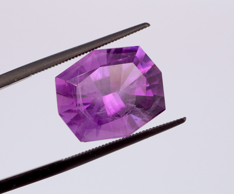 10.15 CT FREE SHIPPING! Custom Fancy Cut Purple Amethyst (Uruguay)