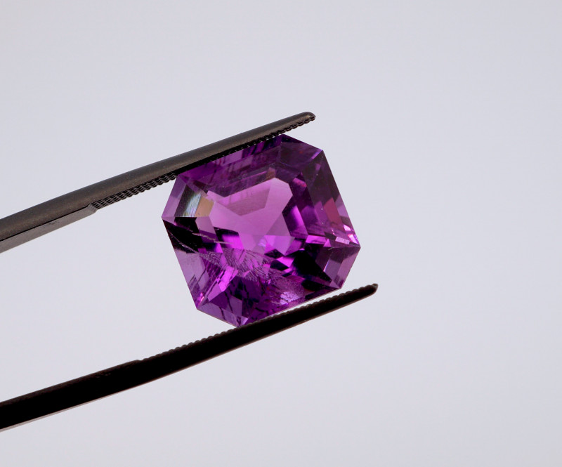 8.83 CT FREE SHIPPING! Custom Fancy Cut Purple Amethyst (Uruguay)