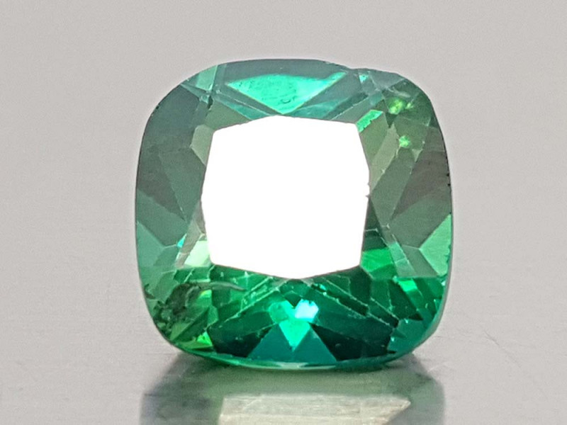 2.89CT GREEN TOPAZ BEST QUALITY GEMSTONE IIGC50