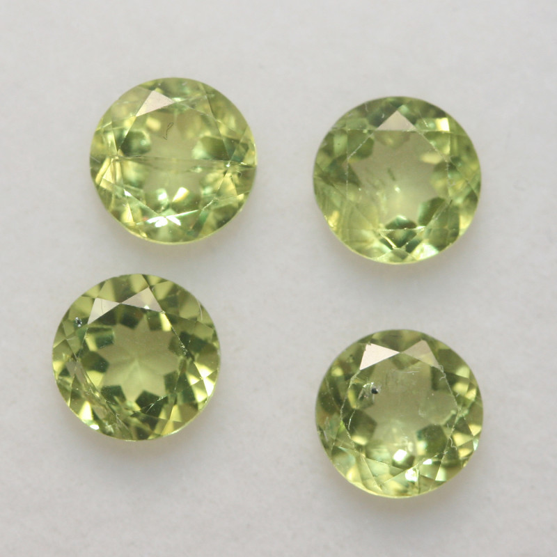 2.9 Ct Peridot Matching Lot Faceted Round Cut 5.5mm.- Olivine Green.(SKU 42