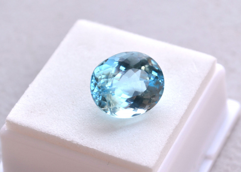12.62 Carat Nice Light Sky Blue Topaz