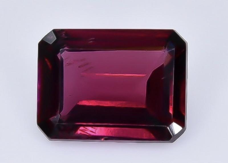 1.74 Crt Natural Rhodolite Garnet Faceted Gemstone.( AB 90)