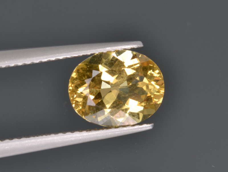 Natural Heliodor 2.50  Cts Top Luster