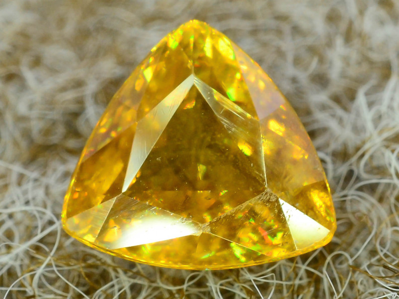 Rare AAA Fire 2.50 ct Sphene ~K