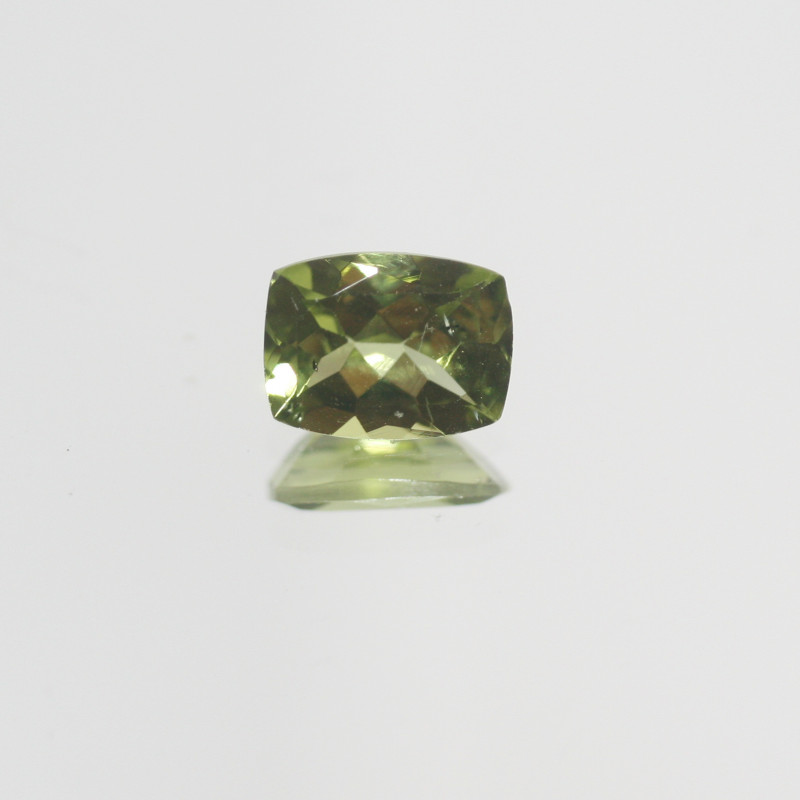 1.4 Ct Peridot  Faceted Rectangular 8x6mm.- Olivine Green.(SKU449)
