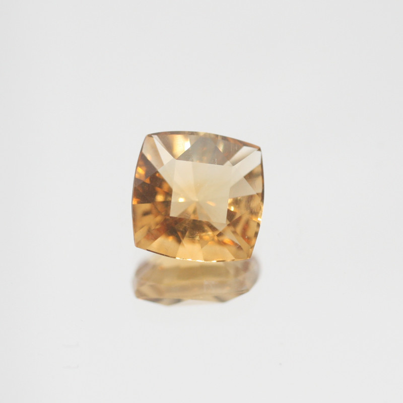 2.5 Ct  Top Color Citrine Faceted Square 9mm.-(SKU450)