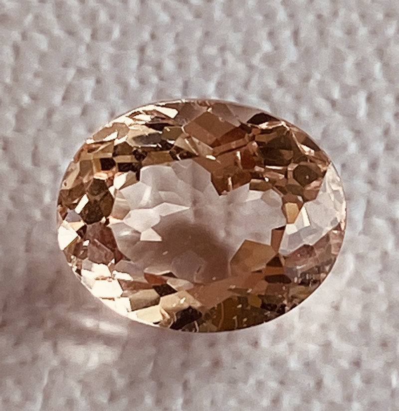 GIL Certified 3.67 Carats Morganite Gemstone