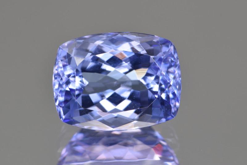 Natural Tanzanite 5.00 Cts Top Grade  Faceted Gemstone
