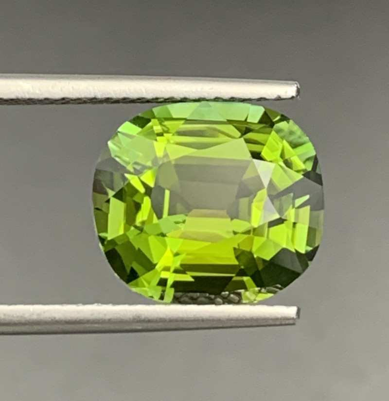 5.28 CT Natural Mint Apple Green Color Tourmaline Gemstone top luster