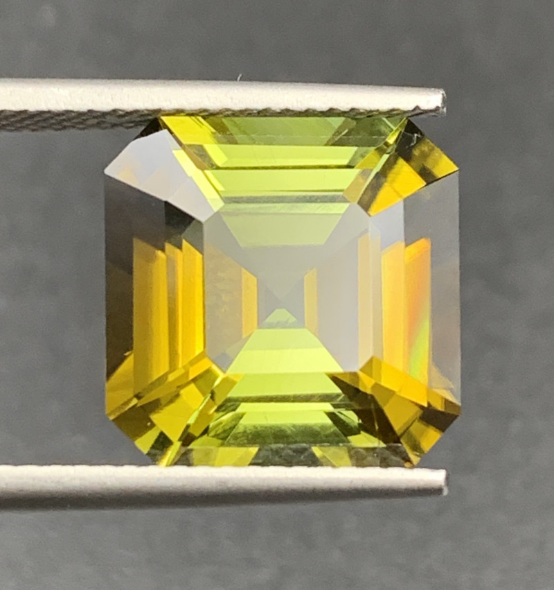 9.25 CT Natural Color Tourmaline Gemstone Top Luster with fine Cutting