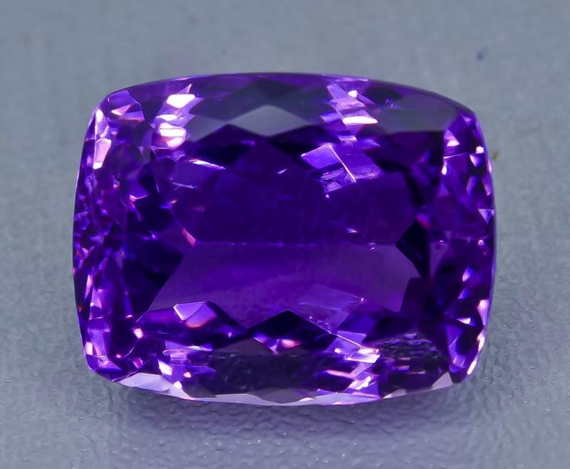21.93 Crt  Amethyst Faceted Gemstone (Rk-67)