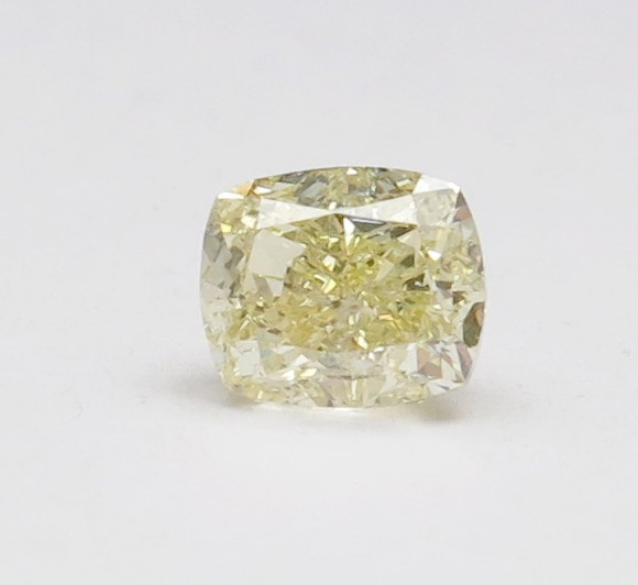 1.00ct Natural Fancy Light Yellow Diamond IGI certified