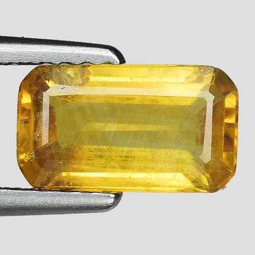 1.44 Cts Yellow Sapphire Sparkling Intense SY31