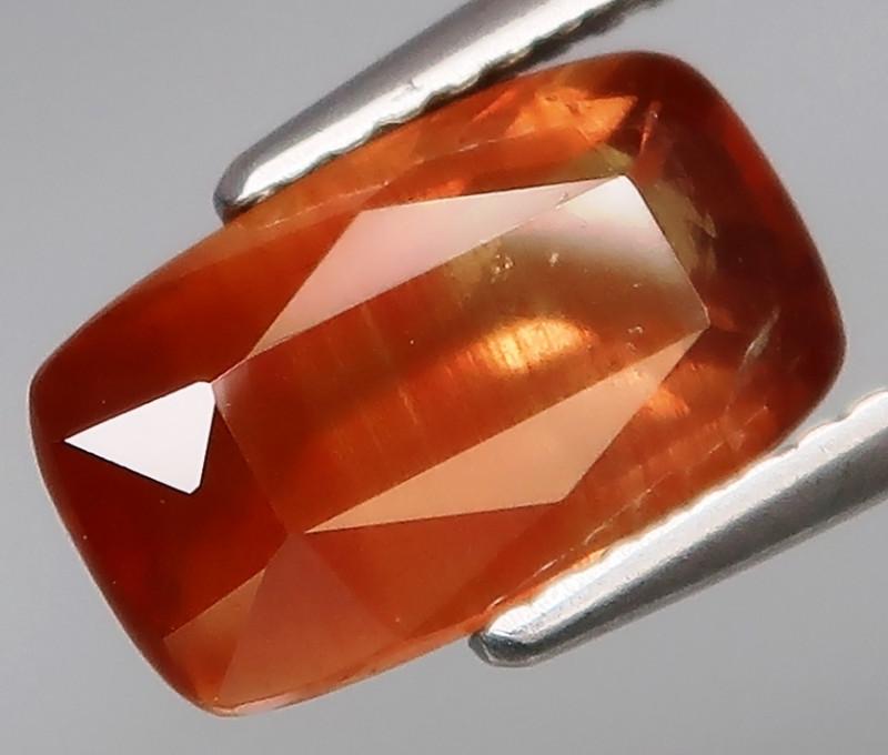 3.40Ct.Precious Gem! BIG Gold Yellow UNHEATED Sapphire Tanzania Good Luster
