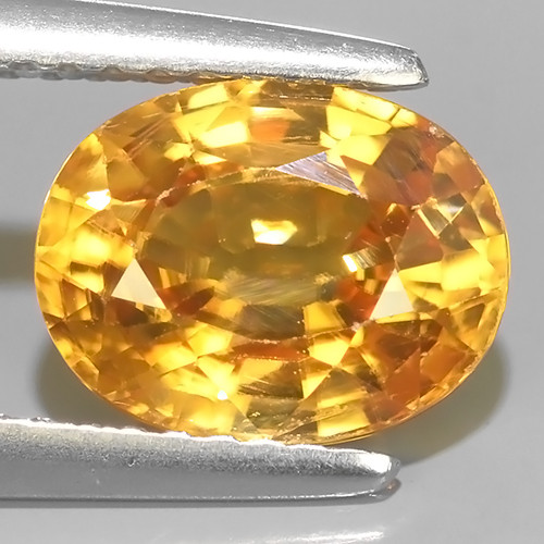 3.25 CTS DAZZLING NATURAL RARE OVAL TOP LUSTER INTENSE YELLOW ZIRCON!!