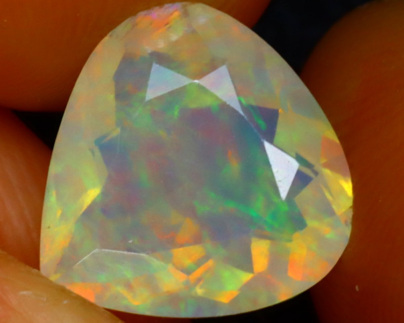 Welo Opal 2.19Ct Natural Ethiopian Play of Color Opal ER92/A3