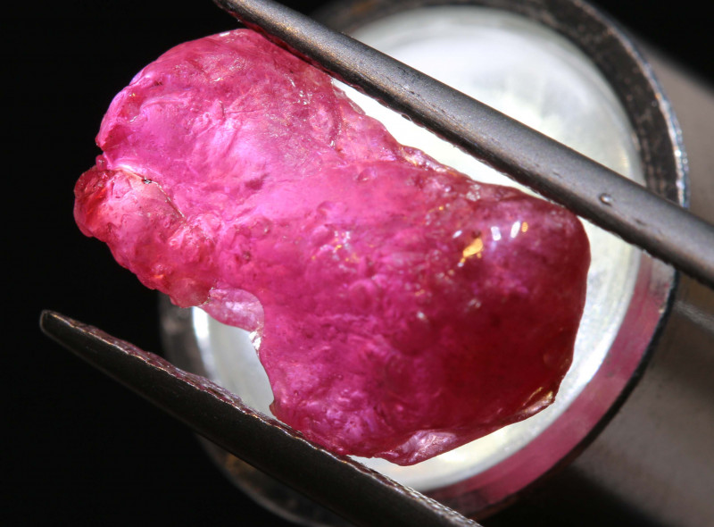 9.10 CTS   AFRICAN  RUBY ROUGH   RG-5430