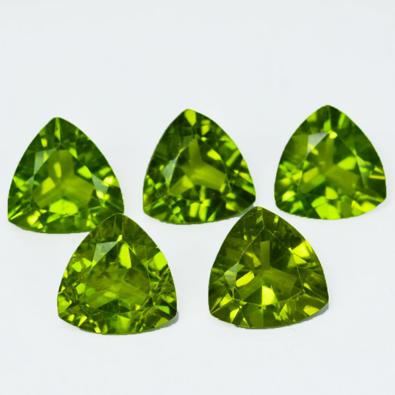 11.48Cts Natural Green Peridot Trillion 9mm parcel