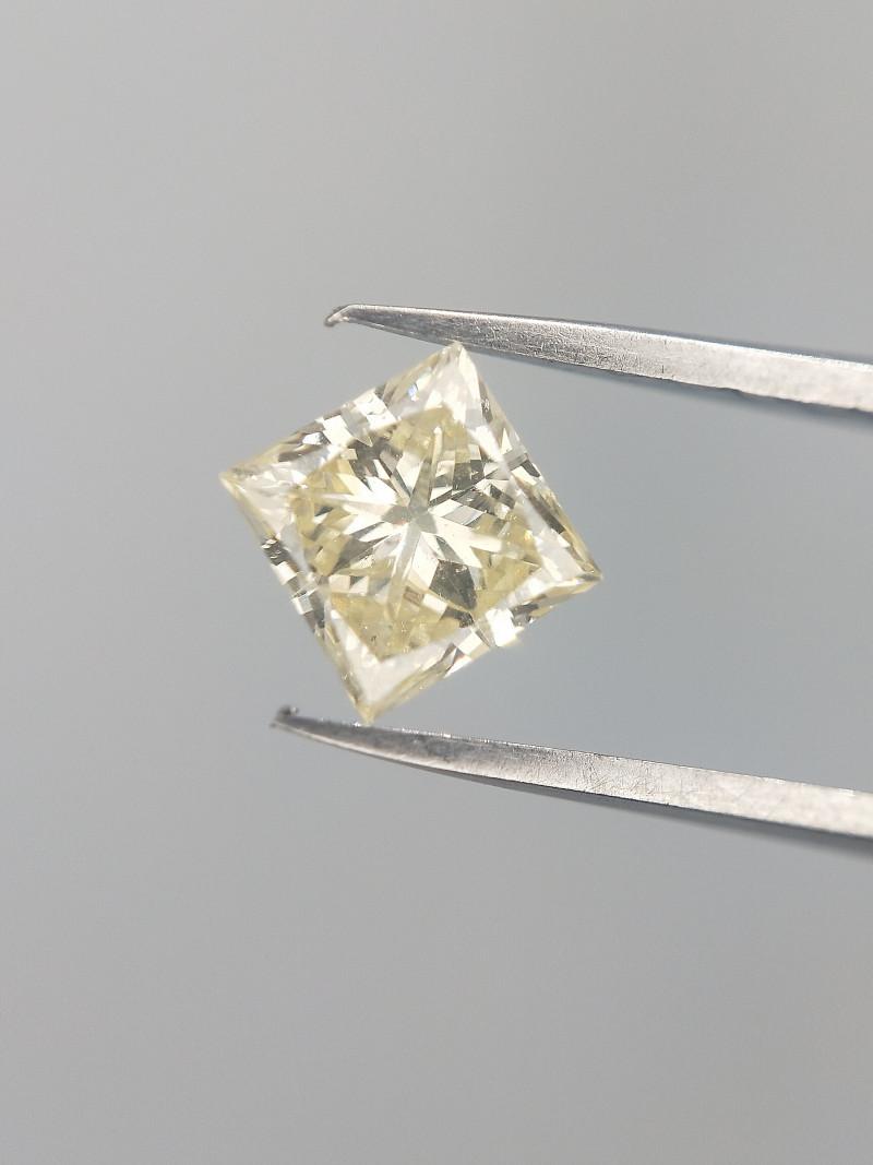 0.45 CTS , Ring Diamond , Square cut Diamond Gemstone