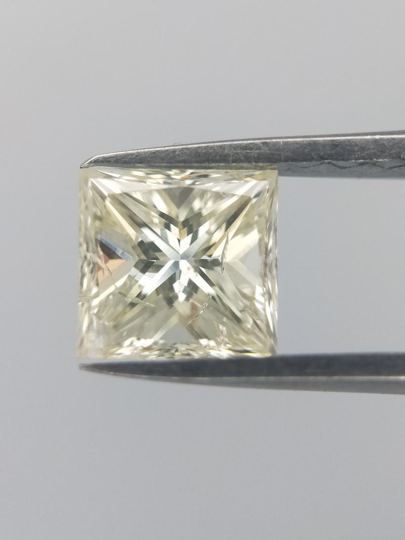 0.71 CTS , Very Light Yellow Diamond , Princess Brilliant Cut , LCP1161