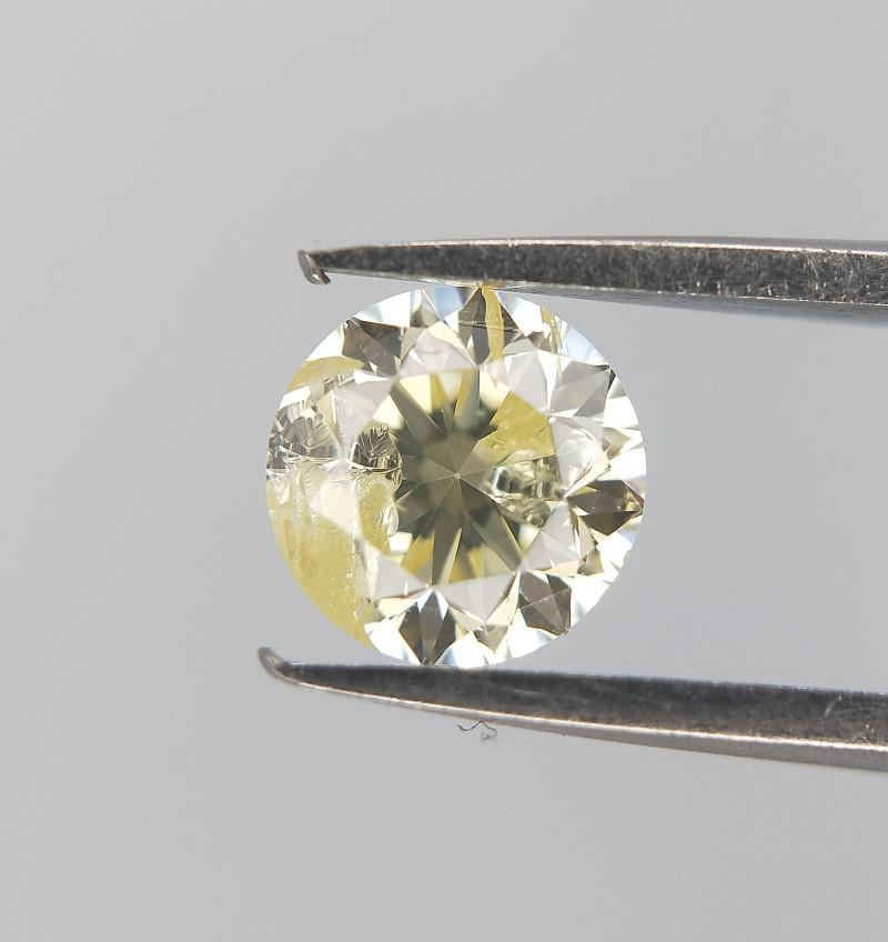 0.31 CTS , Brilliant Cut Diamond , Genuine Round Diamond.
