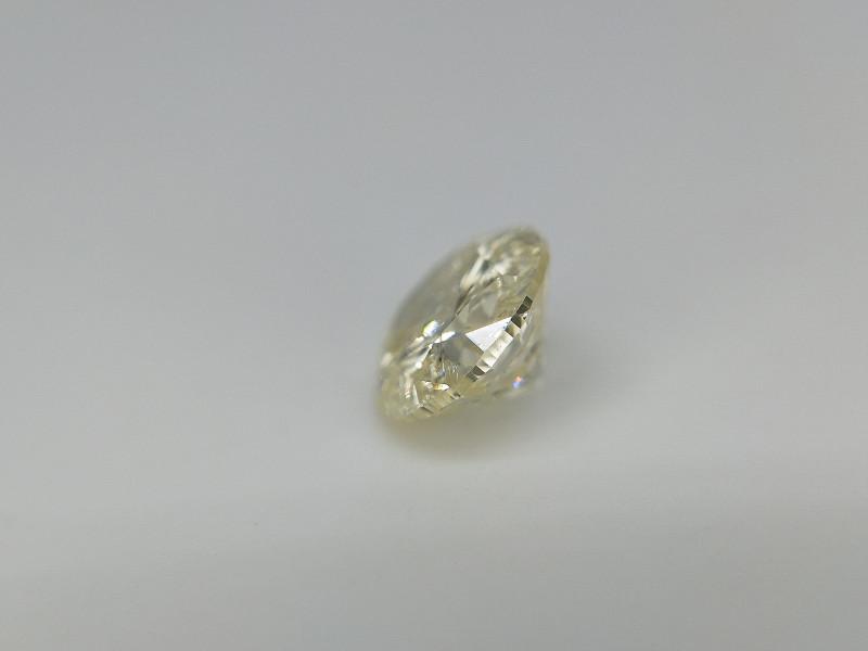 0.40 cts , LC diamond , Light Color , RBC