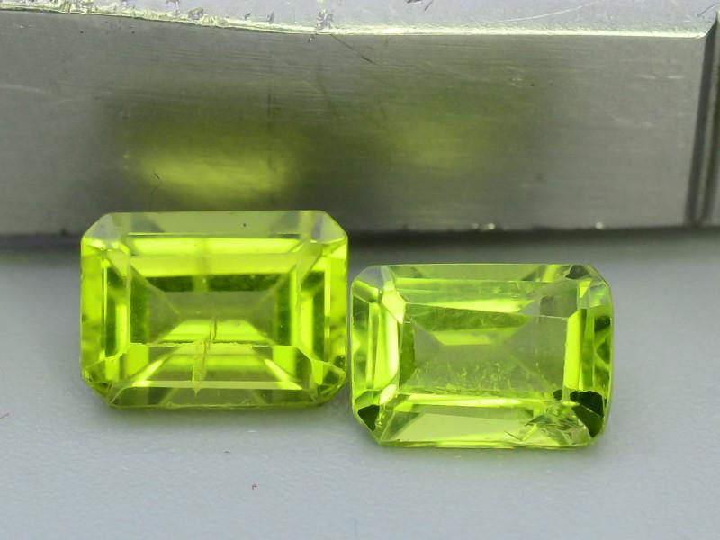 Read Description 2.50 ct Attractive 2 Pcs Jewelry Size Peridot