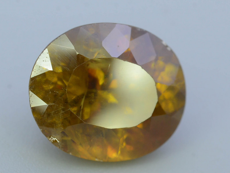 Top Fire 7.05 ct Natural Sphene