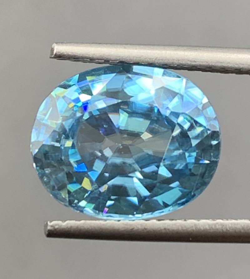 5.64 CT Zircon Gemstones