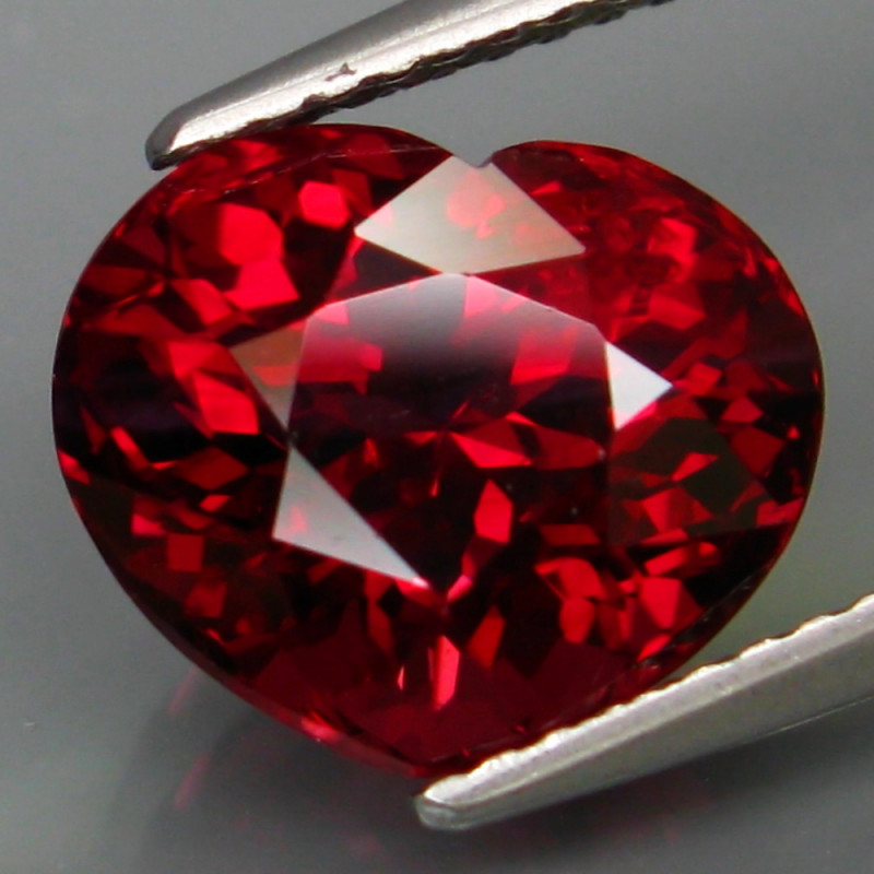 5.74 Ct. 100% Natural Earth Mined Top Cherry Red Rhodolite Garnet Africa