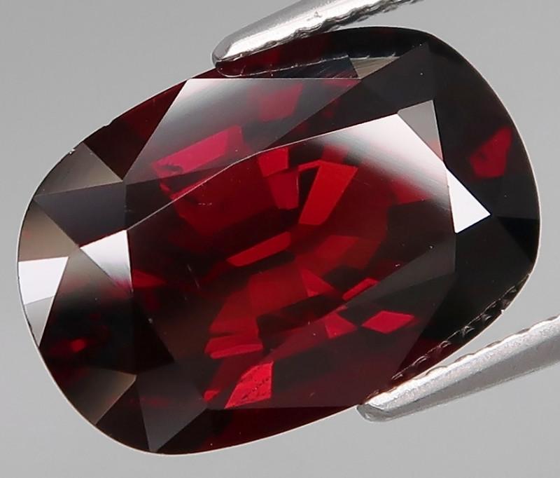 8.85 ct. 100% Natural Earth Mined Red Spessartite Garnet Africa