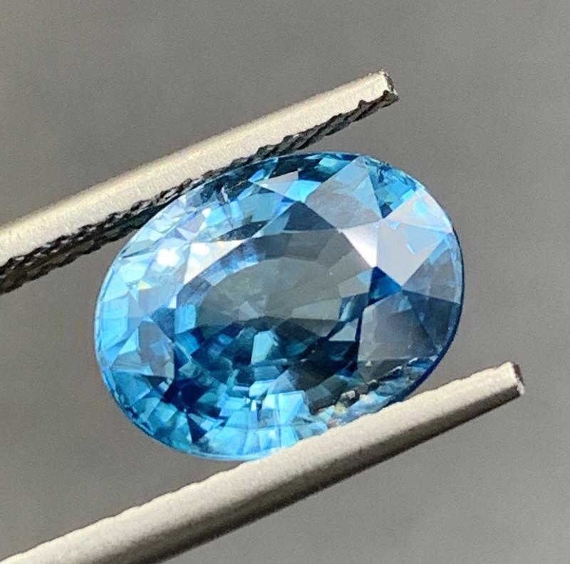 5.32 CT Zircon Gemstones