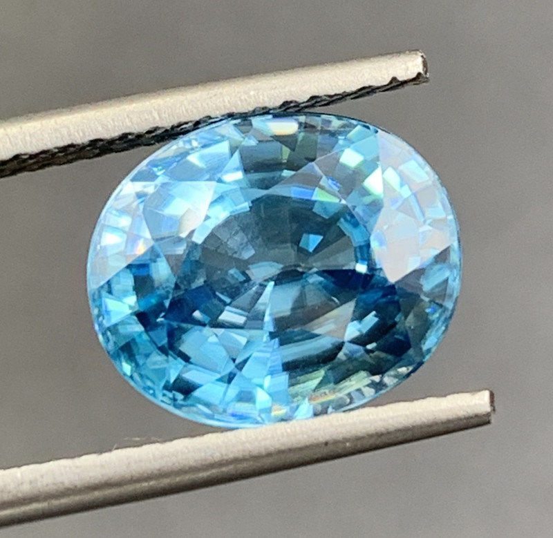 5.90 CT Zircon Gemstones