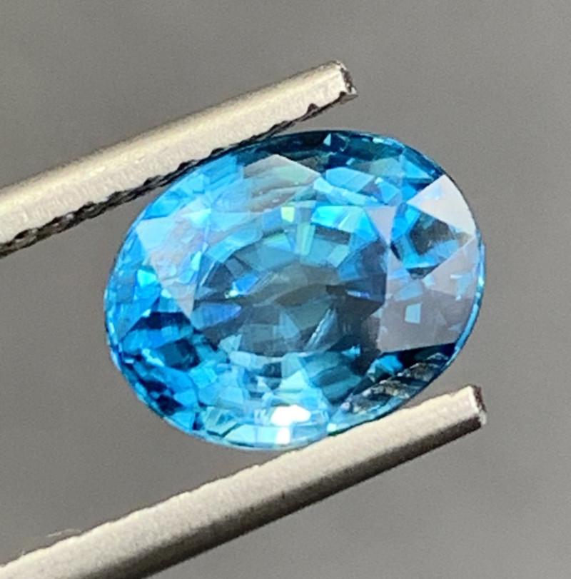 3.23 CT Zircon Gemstones