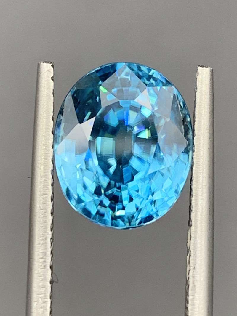 5.44 CT Zircon Gemstones