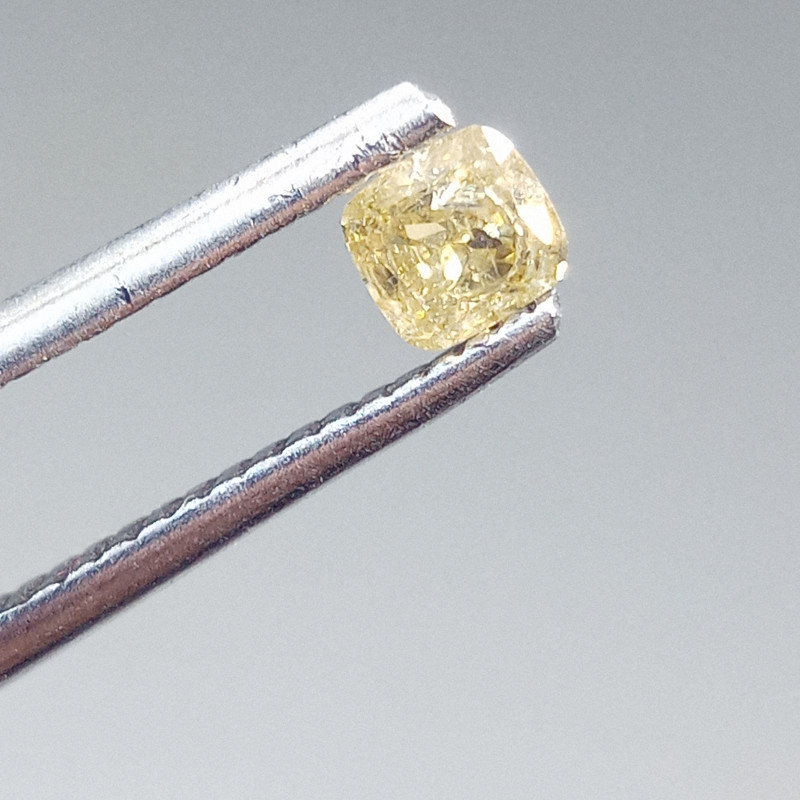 0.28ct  Fancy Brownish Yellow Diamond , 100% Natural Untreated