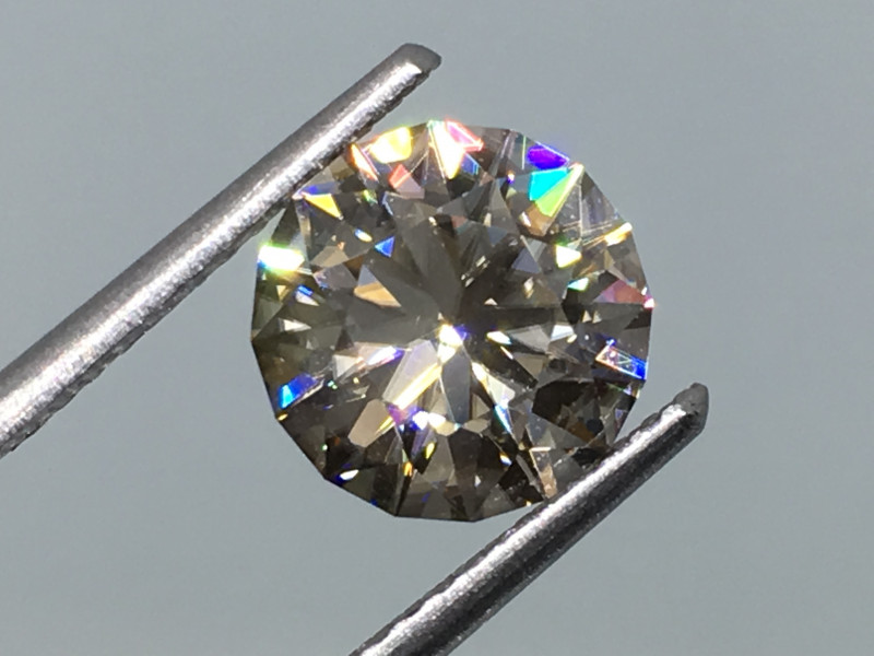 2.82 Carat VVS Carat Zircon Master Cut to Perfection Diamond Flash !