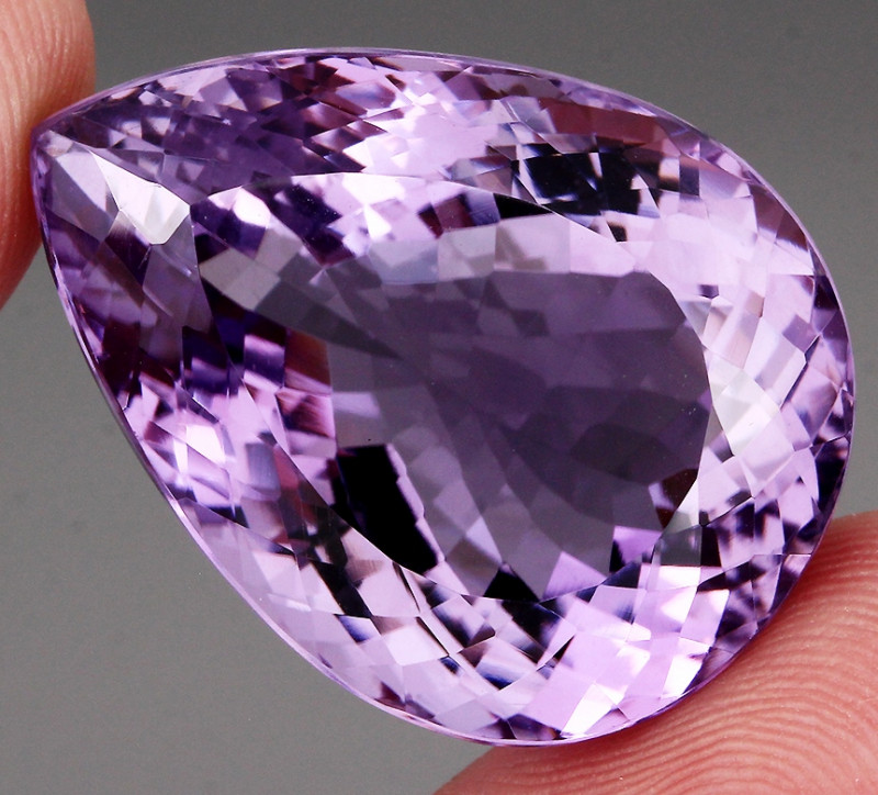 66.32 ct 100% Natural Earth Mined Unheated Purple Amethyst, Uruguay