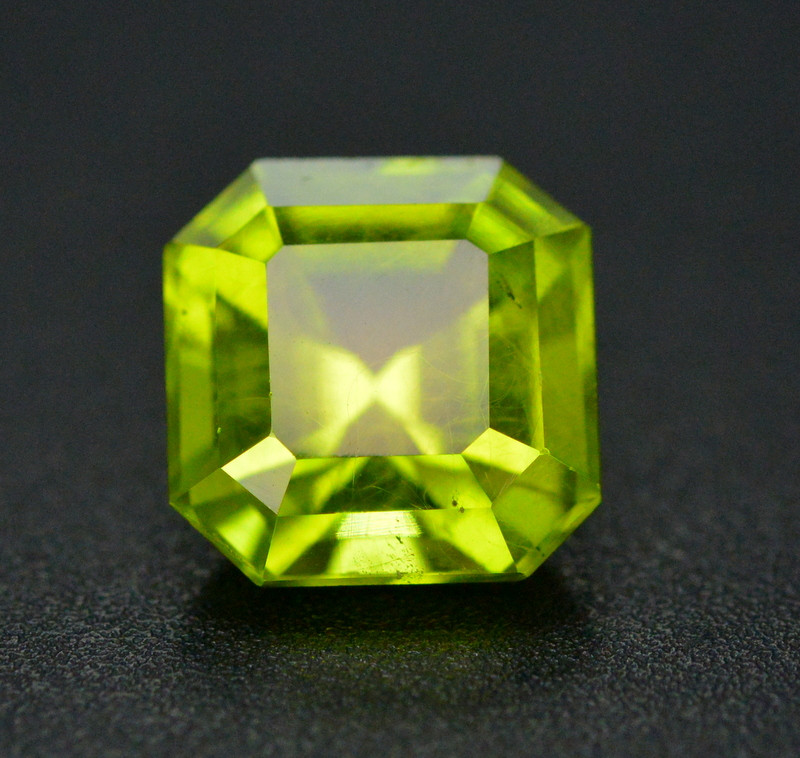 Top Color 4 Ct Natural Himalayan Peridot