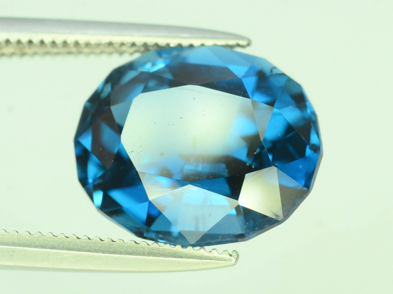 Topaz 5.05 Ct Natural London Blue Topaz ~ K