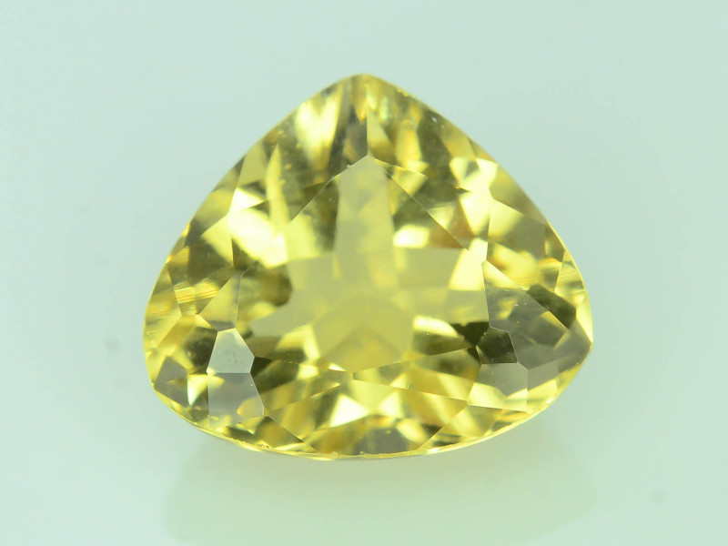 Top Grade 2.25 ct Natural Heliodor ~Yellow ~ K