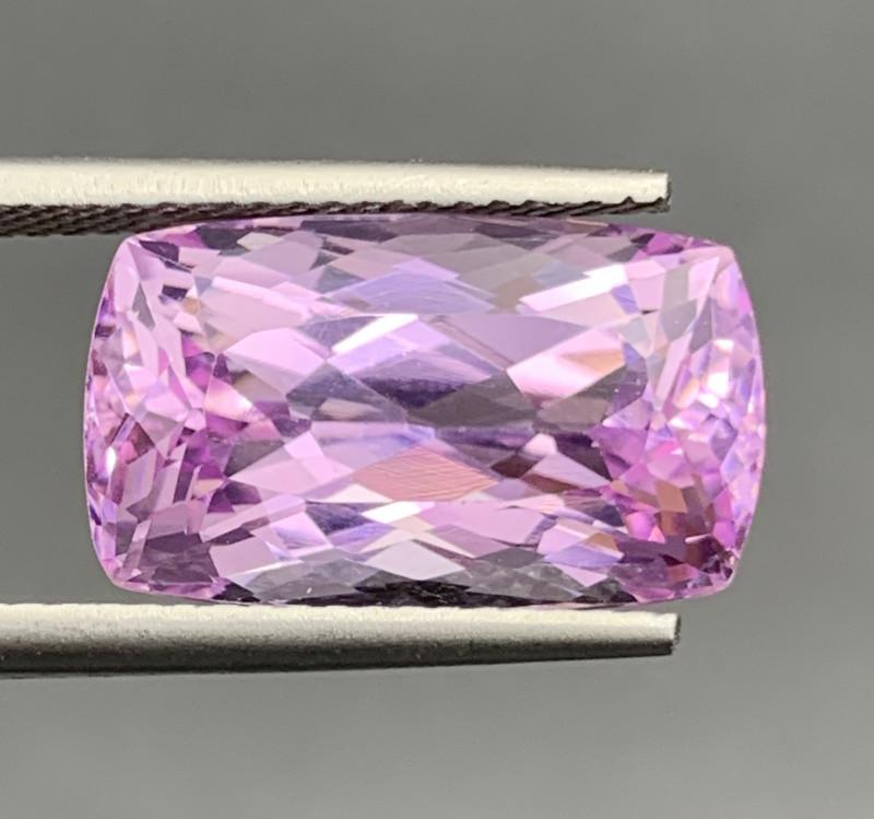10.80 Carat Kunzite Gemstones