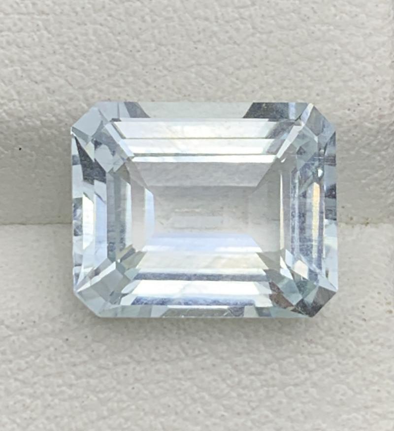4.20 Carats Aquamarine Gemstones