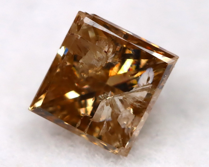 Champagne 0.26Ct Natural Untreated Fancy Diamond BM0526